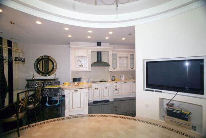интерьер дома с низким потолком обои